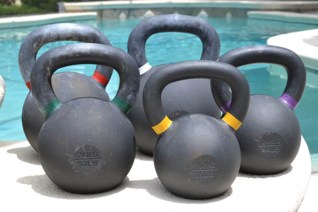 Kettlebells - sexy by the poolside