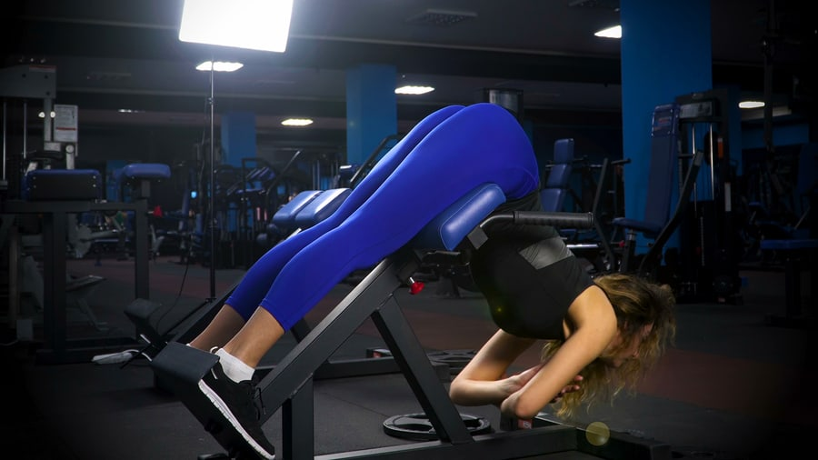 Lower back exercise in the gym